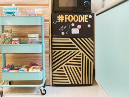 Original_HGTV-Crafternoon-Dorm-Room-Kitchen-Cart2.jpg.rend.hgtvcom.966.725.jpeg