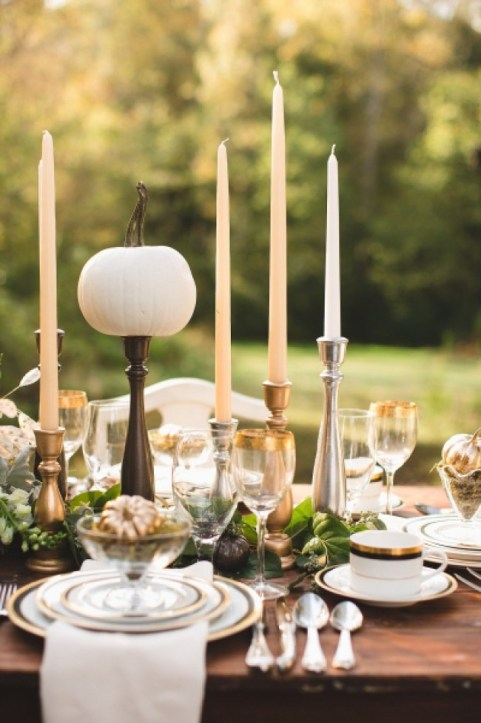 rustic-thanksgiving-table-setting-ideas-stylemepretty1.jpg